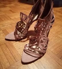 Kožne sandale na štiklu Zara