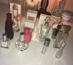 Prazne bočice od parfema