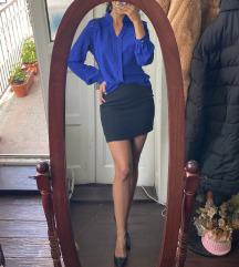 Elegantna bluza kraljevsko plave boje