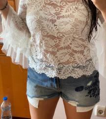 Italijanska majica od bele cipke