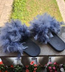 Papuče sa perjem