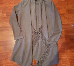 Sivi mantil Amisu