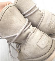 UGG cizme -original sa hologramom