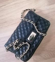 Mona crna torbica akcija 5.599din