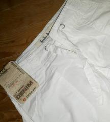 SNIŽENE Pantalone