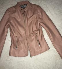 Prljavo roze jaknica