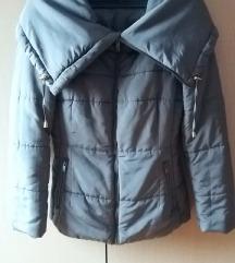 Zimska puffer jakna, sa bogatom kragnom
