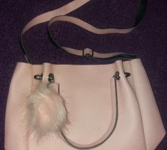 Roze torbica sa pufnom