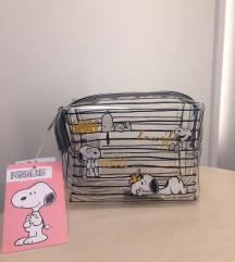 Snoopy neseser sa etiketom