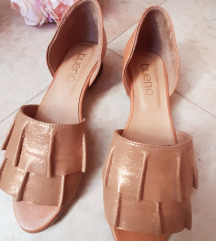 NOVO Bueno 38 kozne sandale