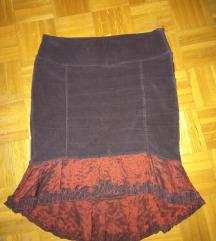 Snizeno RINASCIMENTO divna plisana suknja
