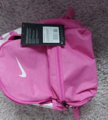 Nike ranac nov sa etiketom