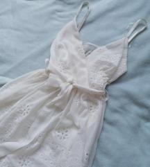 Bela nežna haljina 🤍