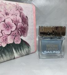 Forever Sailing Moschino parfem