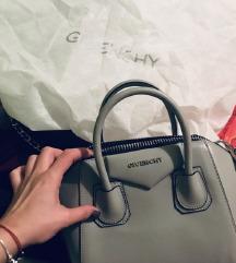 Kozna Givenchy