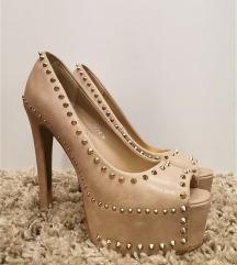 Krem cipele na štiklu