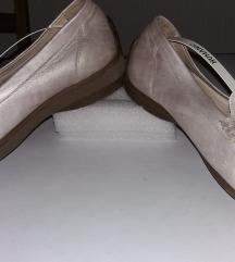 Srebrne kožne mokasine za kraću desnu nogu