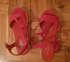 Crvene sandane