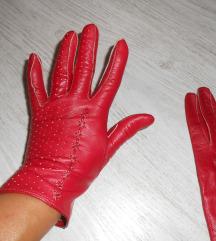 Prelepe kožne crvene rukavice