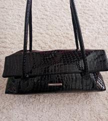 Mona lakovana torba