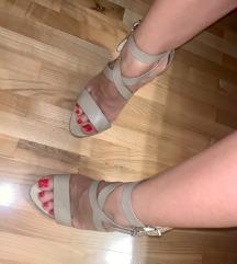 Sniženje: ZARA sandale -2500din