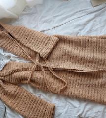 NOVO 100% vuna handmade heklani kardigan uni