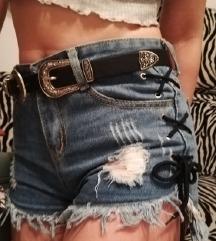 Lace-up sorts high waist