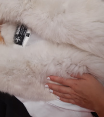 SNIZENO NOVA Bela kozna jakna polarna lisica
