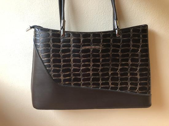 Super cena - torba braon iz Italije