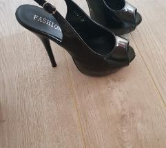 %Sandale crne Nove lakovane🔝