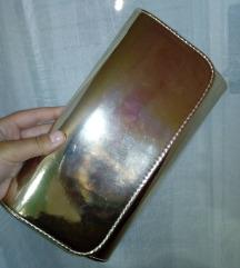 Metalic zlatna