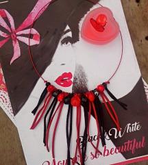 Crveno-crna ogrlica