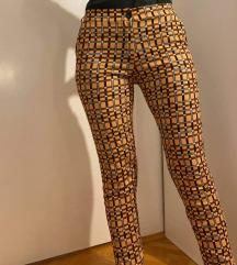 Prelepe nove pantalone