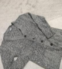 Čupavi džemperić