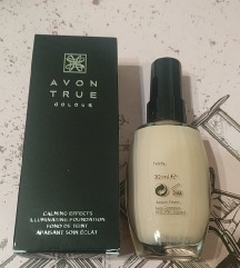 True Color Calming Effects tečni puder
