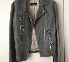 Bajk siva jakna 😍