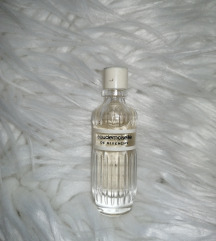 Givenchy eau de moiselle de givenchy