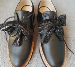 ZARA cipele (sa mašnom) - VEL.40