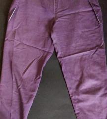Ljubicaste pantalone dizajnerske. Snizenje
