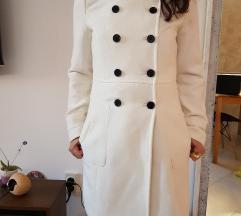 Zara beli kaput