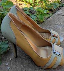 NOVE sandale-cipele br.39