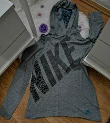 Nike orginal duksic kao nov