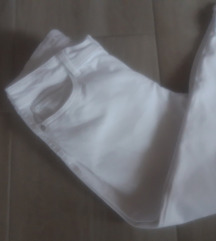 Nove C&A pantalone L