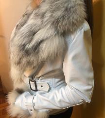 Zenska kozna zimska jakna S sa krznom PRELEPA