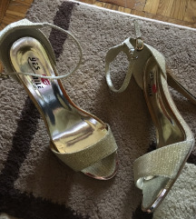 Zlatne sandale br 37