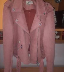 Plisana jakna