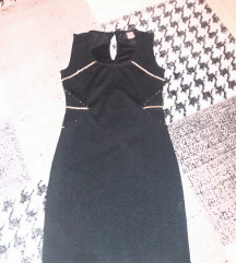 Crna svecana haljina sa zlatnim detaljima