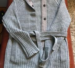 Sivi dugački džemper