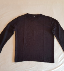 Crni džemperčić 🖤