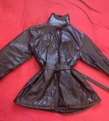 Strukirani kožni kaputić sa krznom